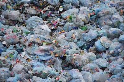 Минпромторг выступает за поэтапное сокращение использования пластика в упаковке
