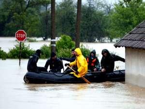 На всей территории Сербии объявлен режим чрезвычайной ситуации из-за сильных наводнений в разных частях страны. Фото: Reuters