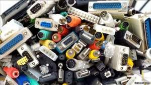 """Общая стоимость электронного мусора, в состав которого входят золото, серебро, железо, медь, оценивается примерно в 52 миллиарда долларов. Фото с сайта """"Радио Свобода"""""""