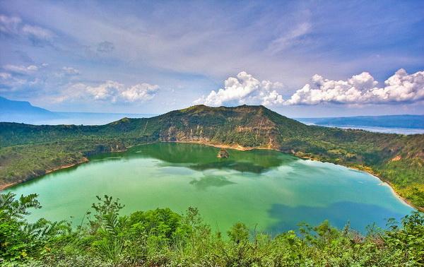 15 кратерных озер