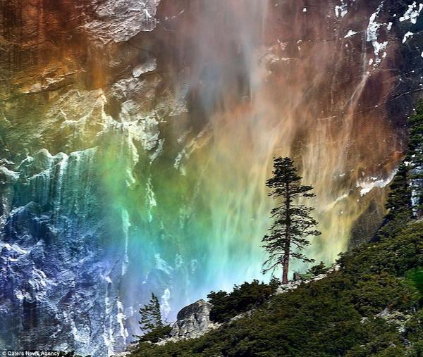 """Водопад """"Лошадиный хвост"""""""