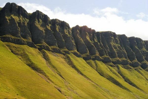 Фотофакт: Бен-Балбен - удивительно живописная гора в Ирландии