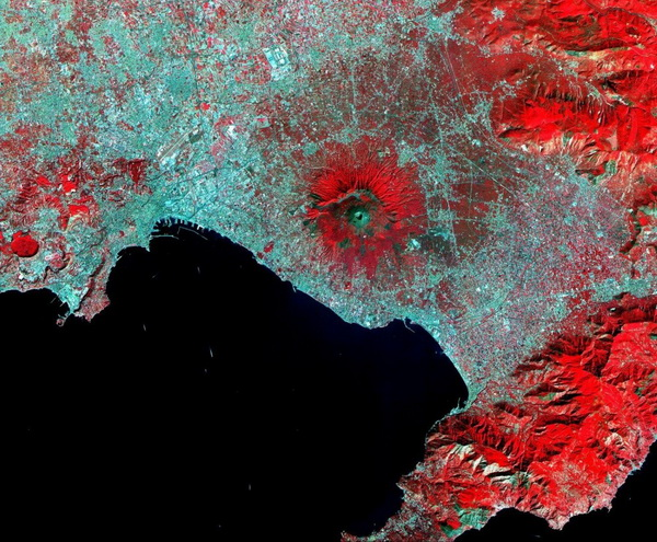 Фотофакт: 15 восхитительных снимков Земли со спутника